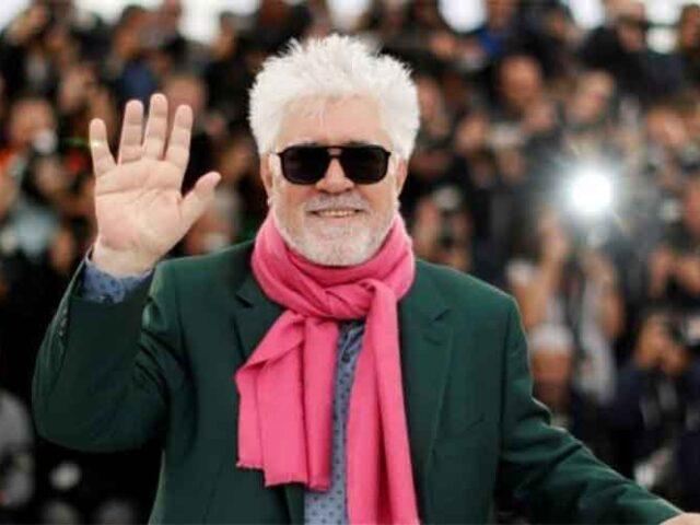 Pedro Almodóvar anunció que prepara un western colorido y dos cortos.